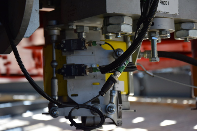 Les freins de sécurité sur Poulie Poma / Leitner Dsc_3197