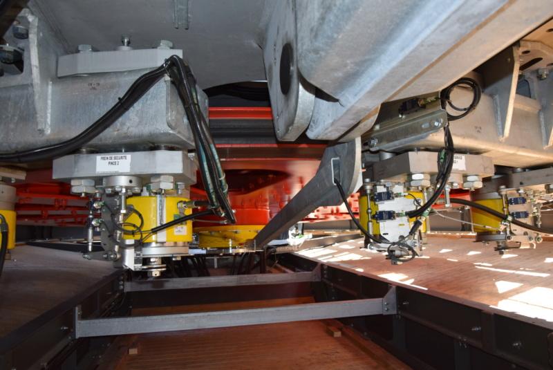 Les freins de sécurité sur Poulie Poma / Leitner Dsc_3200