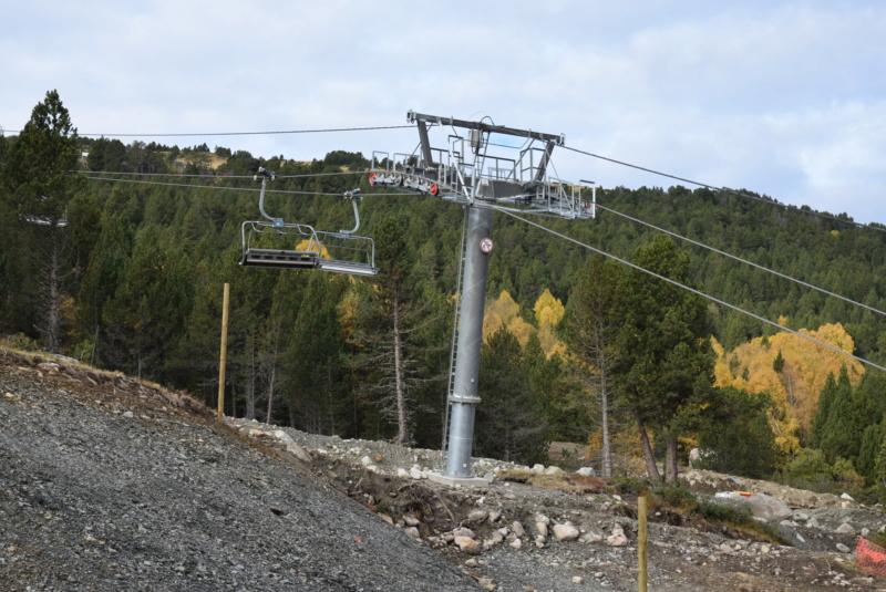 Extension, prolongation télésiège débrayable (TSD6) Pla de les Pedres Grau Roig – Grandvalira Dsc_3218