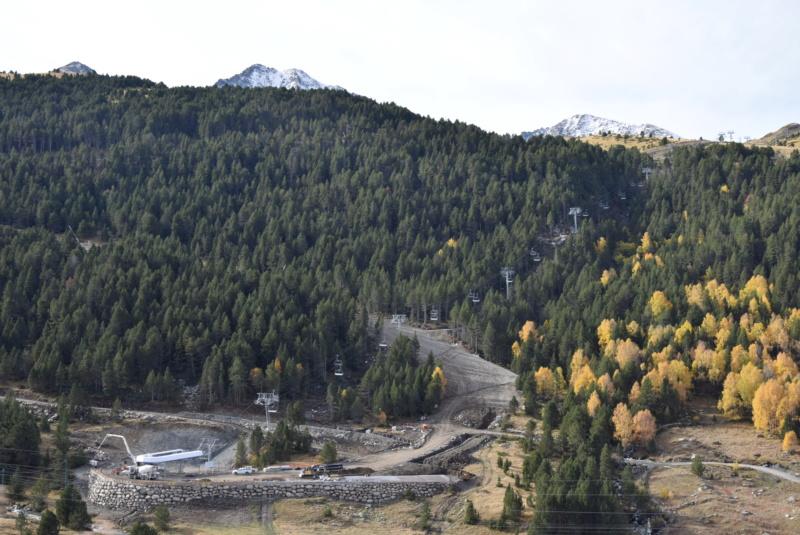 Extension, prolongation télésiège débrayable (TSD6) Pla de les Pedres Grau Roig – Grandvalira Dsc_3230