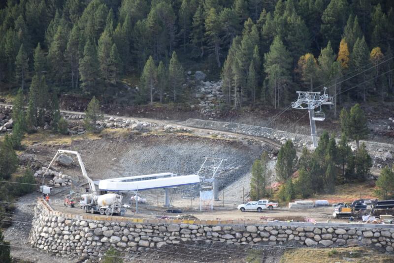 Extension, prolongation télésiège débrayable (TSD6) Pla de les Pedres Grau Roig – Grandvalira Dsc_3232