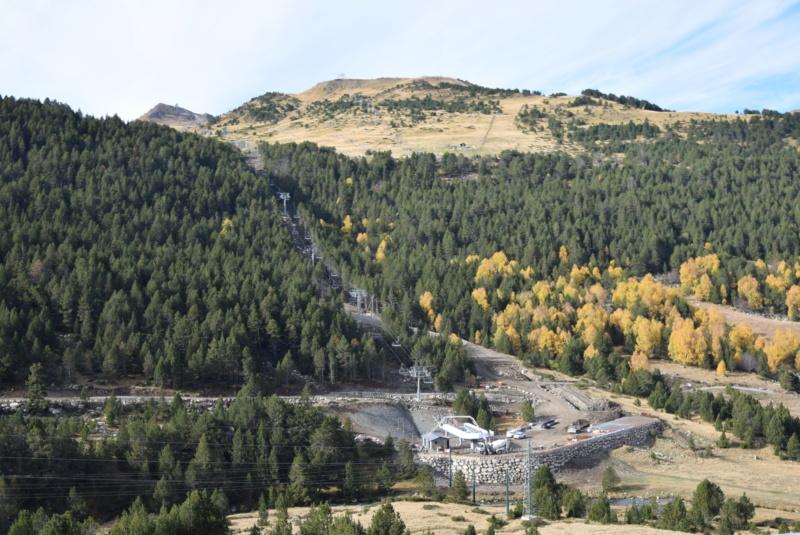 Extension, prolongation télésiège débrayable (TSD6) Pla de les Pedres Grau Roig – Grandvalira Dsc_3233
