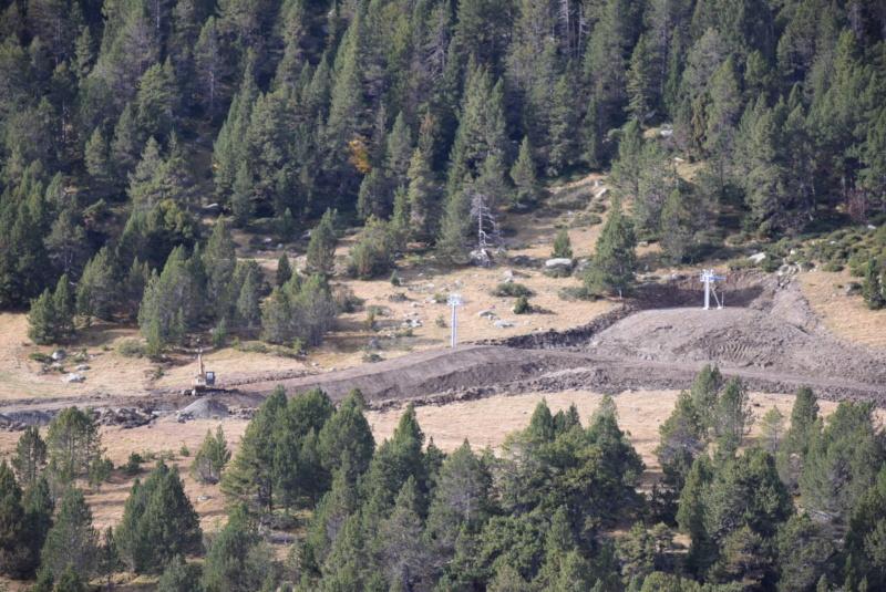 Extension, prolongation télésiège débrayable (TSD6) Pla de les Pedres Grau Roig – Grandvalira Dsc_3234