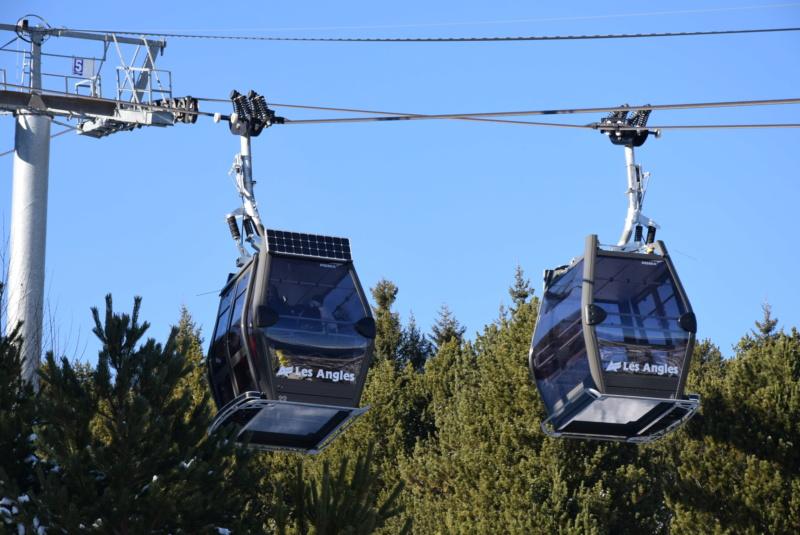 Remplacement des cabines TCD les Pèlerins - Les Angles Dsc_3373