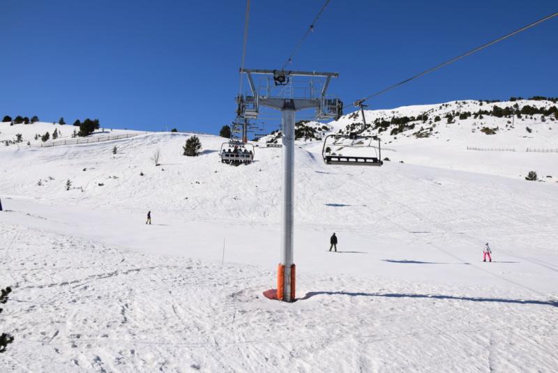 Télésiège débrayable 6 places (TSD6) Pla de les Pedres Grau Roig Dsc_4192
