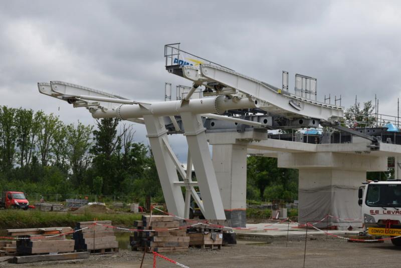 Construction téléphérique Téléo Toulouse Dsc_4723