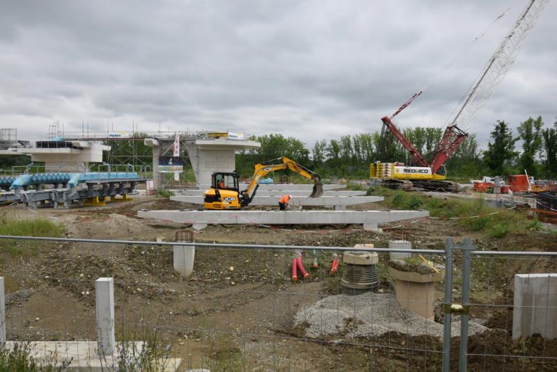 Construction téléphérique Téléo Toulouse Dsc_4729
