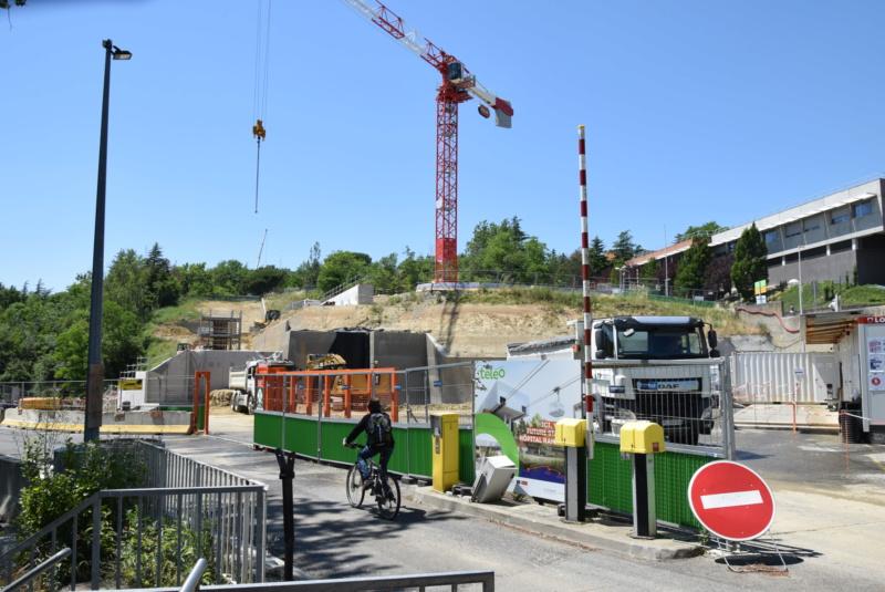 Construction téléphérique Téléo Toulouse - Page 2 Dsc_4758