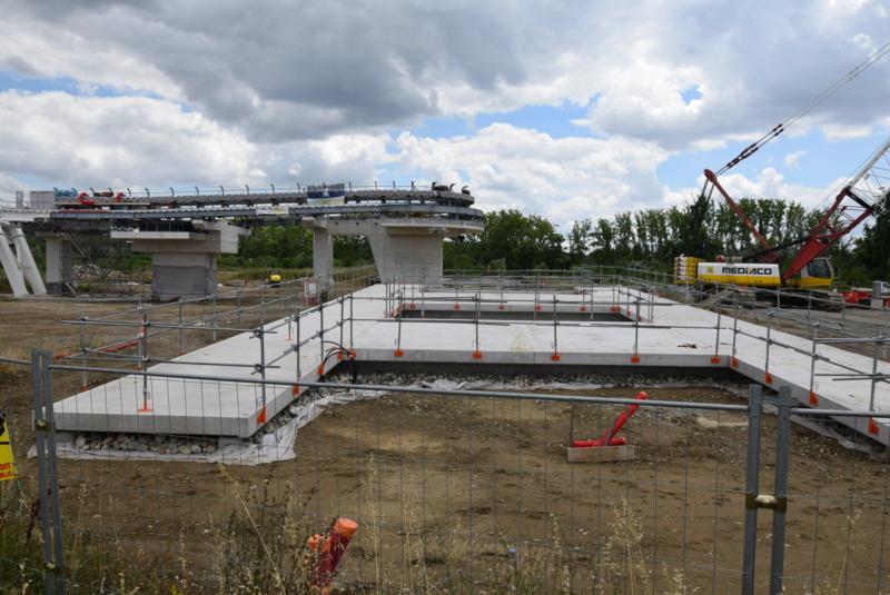 Construction téléphérique Téléo Toulouse - Page 2 Dsc_4820