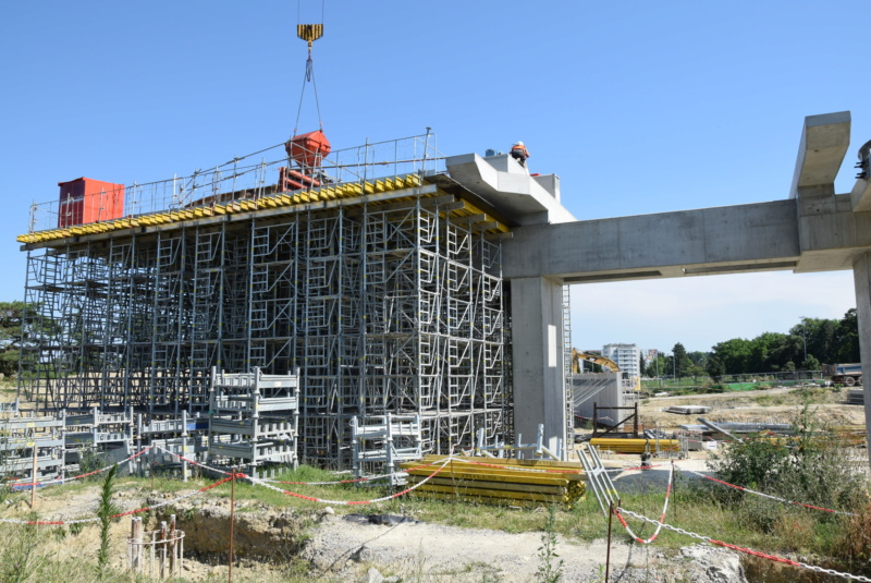Construction téléphérique Téléo Toulouse - Page 2 Dsc_4824