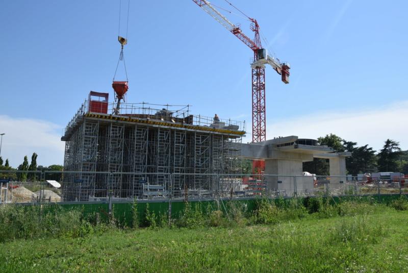 Construction téléphérique Téléo Toulouse - Page 2 Dsc_4825