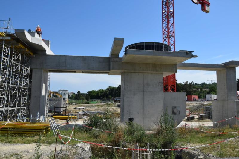 Construction téléphérique Téléo Toulouse - Page 2 Dsc_4844