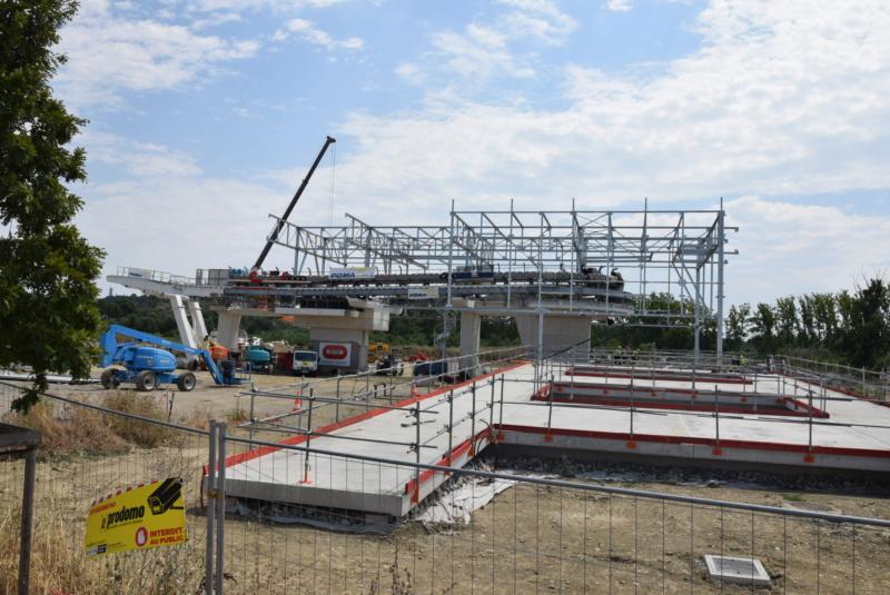 Construction téléphérique Téléo Toulouse - Page 2 Dsc_4916