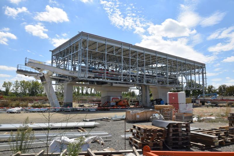 Construction téléphérique Téléo Toulouse - Page 2 Dsc_5027