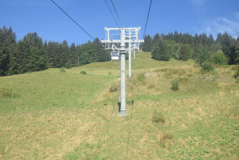 Télécabine débrayable 6 places (TCD6) Mont Chéry Dsc_5255