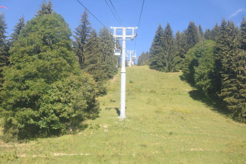 Télécabine débrayable 6 places (TCD6) Mont Chéry Dsc_5258
