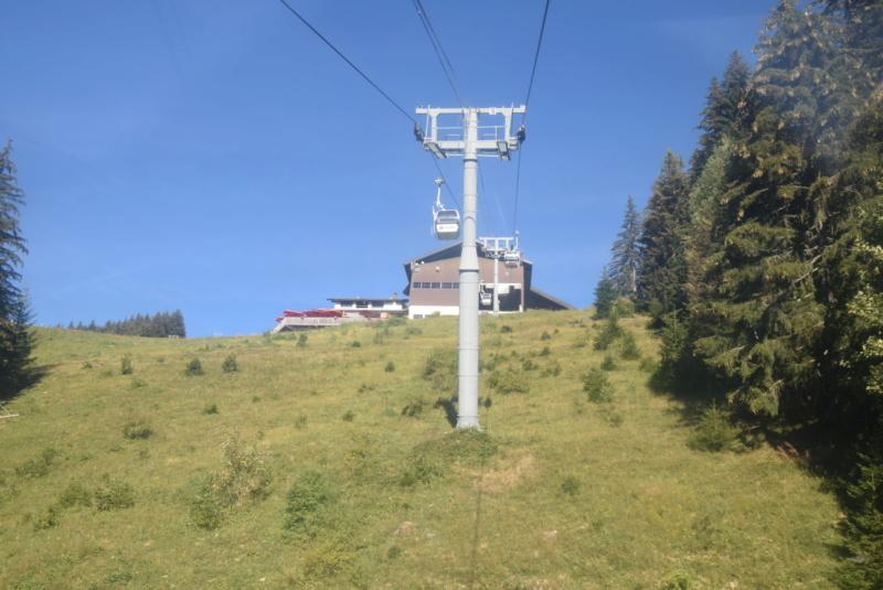 Télécabine débrayable 6 places (TCD6) Mont Chéry Dsc_5260