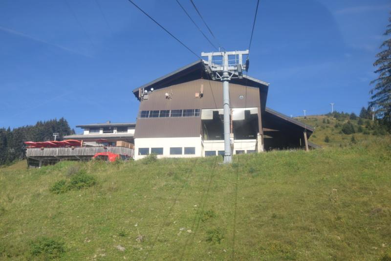 Télécabine débrayable 6 places (TCD6) Mont Chéry Dsc_5262