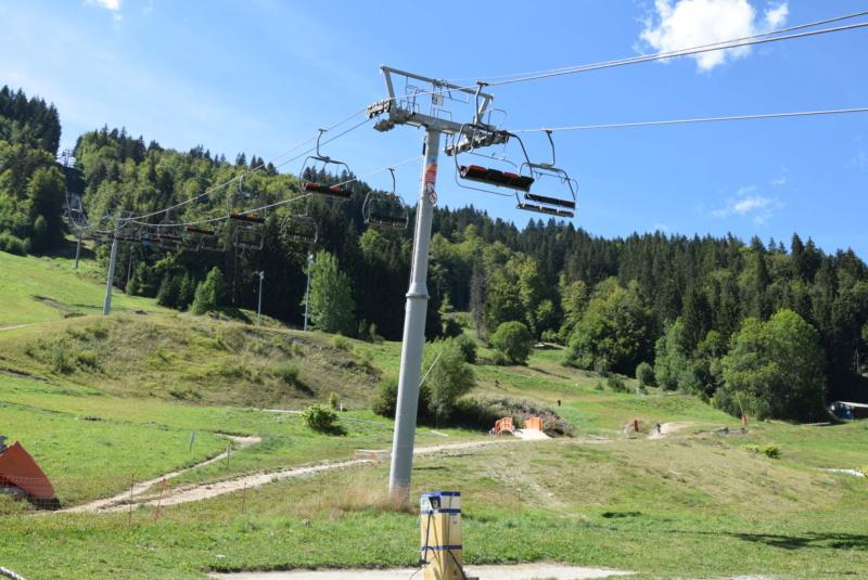 Reportage télésiège fixe 4 places de la Crusaz (Morzine) Dsc_5271