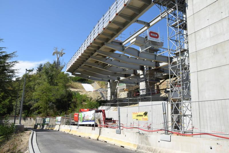Construction téléphérique Téléo Toulouse - Page 2 Dsc_5490