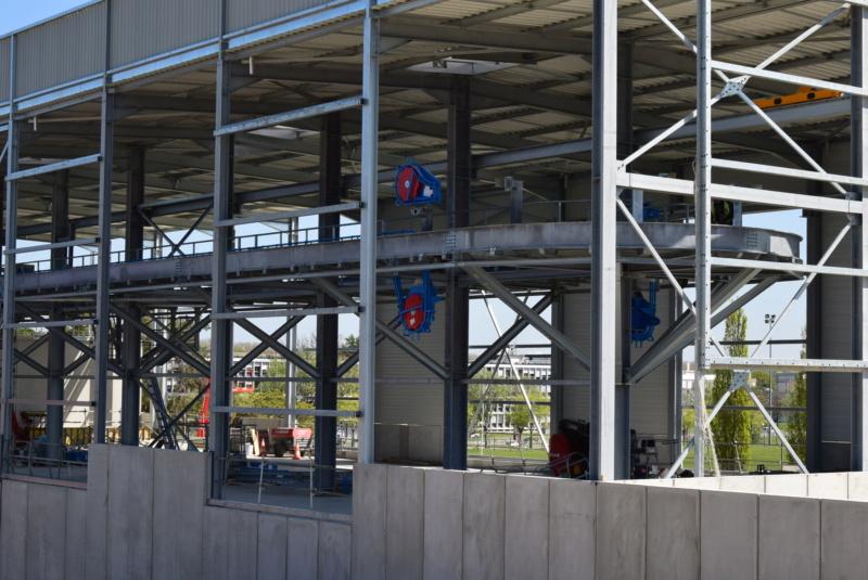 Construction téléphérique Téléo Toulouse - Page 5 Dsc_5898