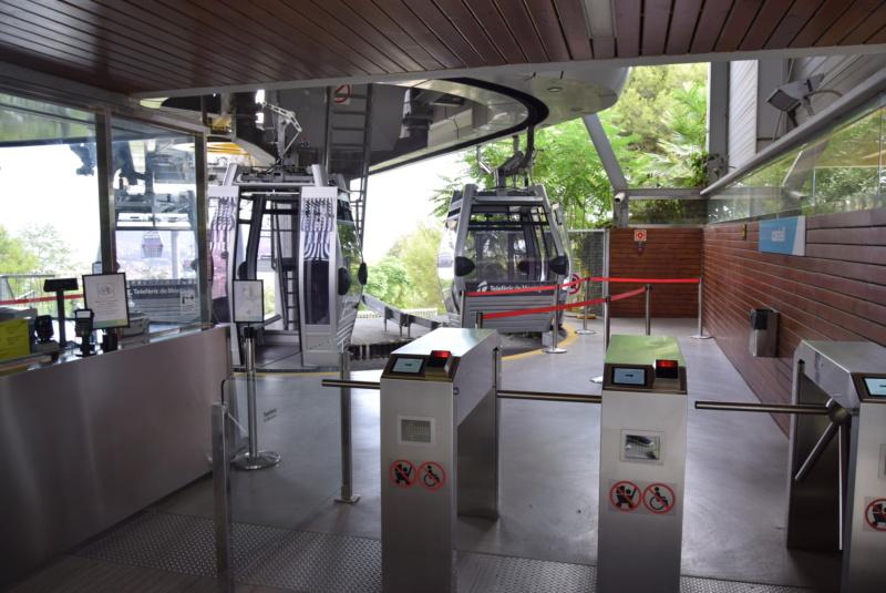 Télécabine débrayable 8 places (TCD8) Montjuïc - Barcelone Dsc_6139