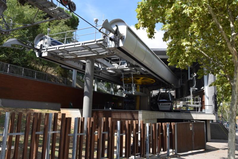 Télécabine débrayable 8 places (TCD8) Montjuïc - Barcelone Dsc_6184