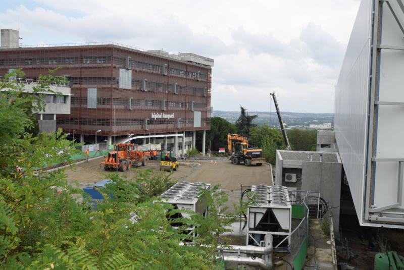 Construction téléphérique Téléo Toulouse - Page 6 Dsc_6217