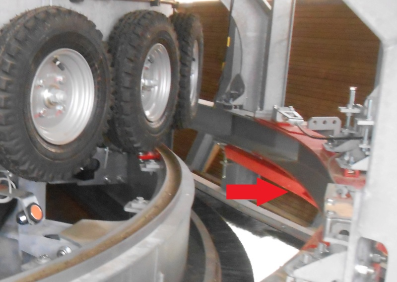 Garage des sièges et cabines - Remontées mécaniques Dscn3420