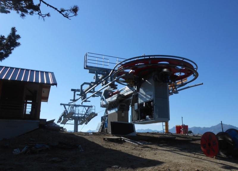 Construction télésiège fixe 4 places Bisorne (TSF4) - LST, Ax 3 Domaines - Page 2 Dscn6316