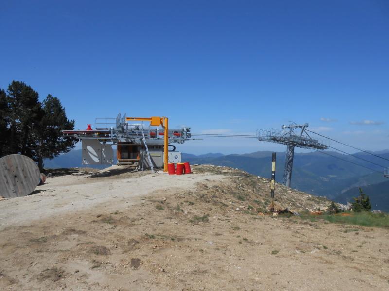 Construction télésiège fixe 4 places Bisorne (TSF4) - LST, Ax 3 Domaines - Page 2 Dscn6324