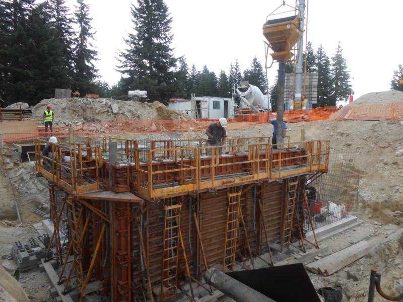 La construction d'un réseau de neige de culture Dscn6414