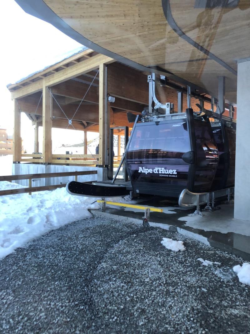 Télécabine débrayable 10 places (TCD10) Alpe Express  Entree10