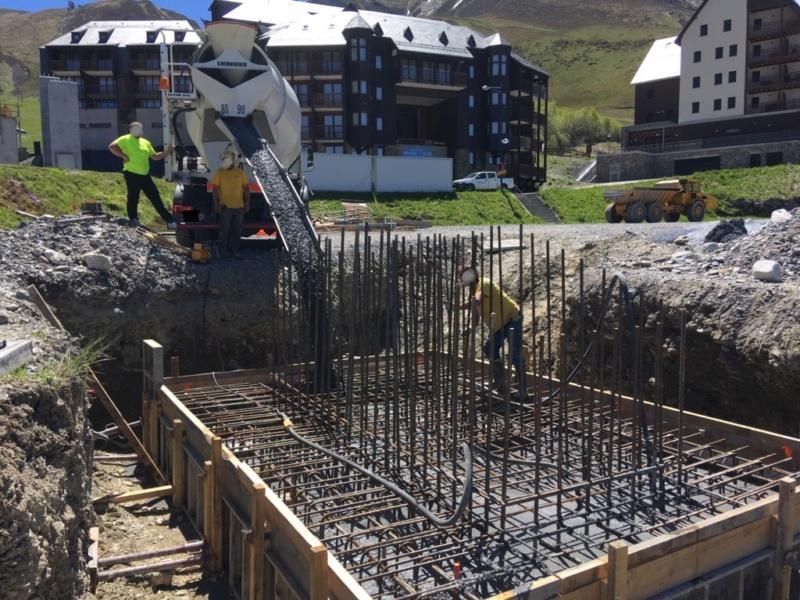 Construction Télécabine débrayable 10 places (TCD10) Peyragudes - Loudenvielle - Page 3 F1667810