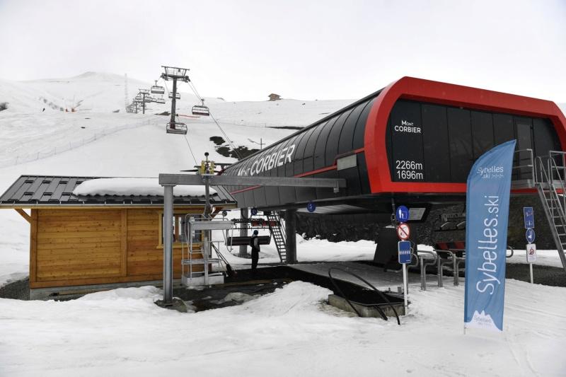 Télésiège débrayable 6 places (TSD6) Mont Corbier Fg_19012