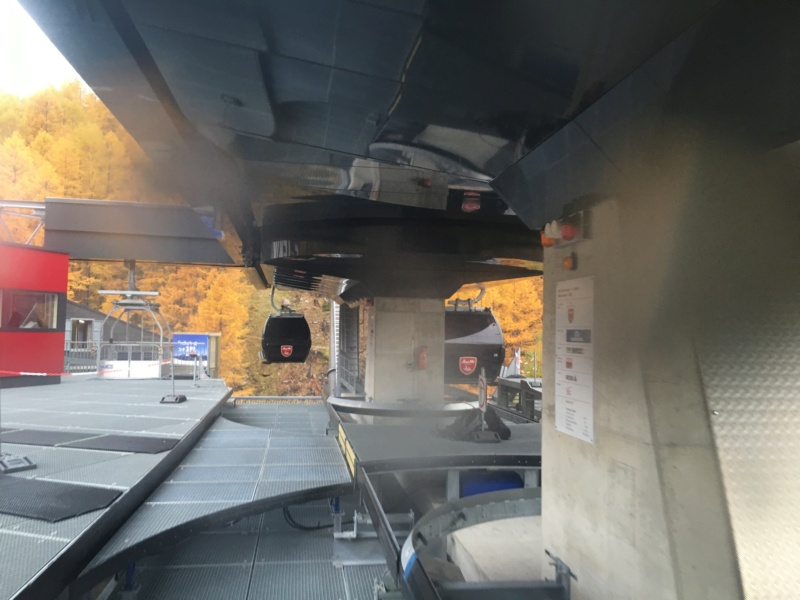Télécabine débrayable 10 places (TCD10) Kalbermatten - Biffig- Spielboden Img-3810