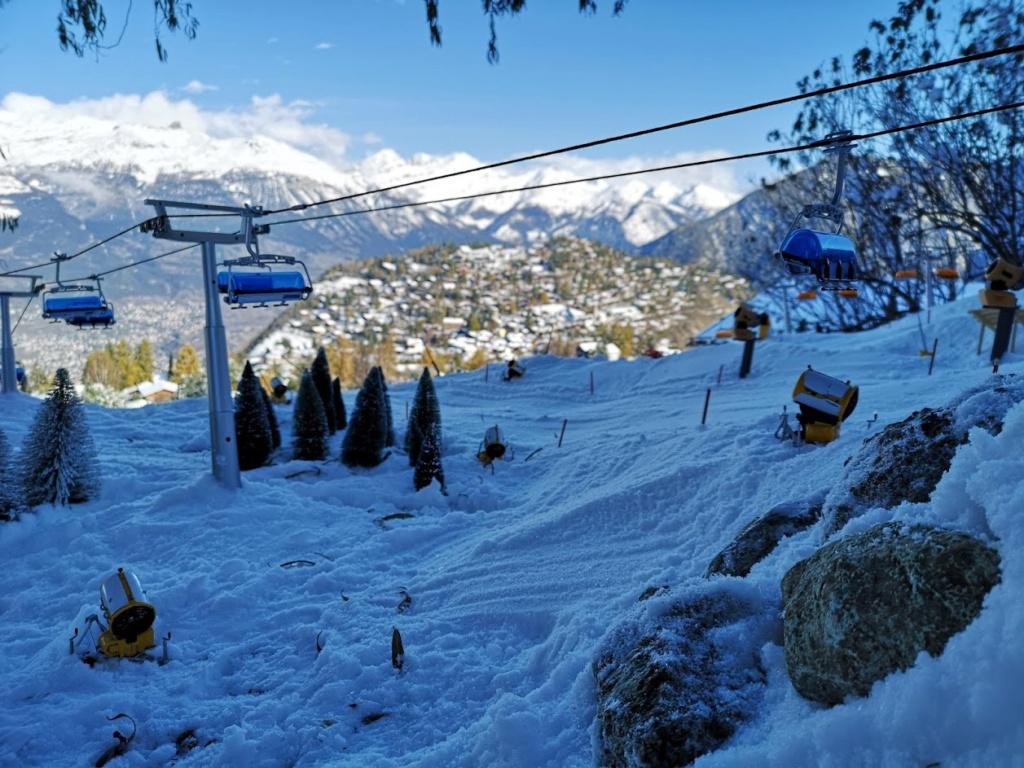 Station de ski miniature en Suisse - Page 5 Img_2022