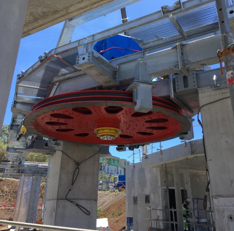 Construction télécabine débrayable 10 places (TCD10) La Réunion CINOR Img_4112
