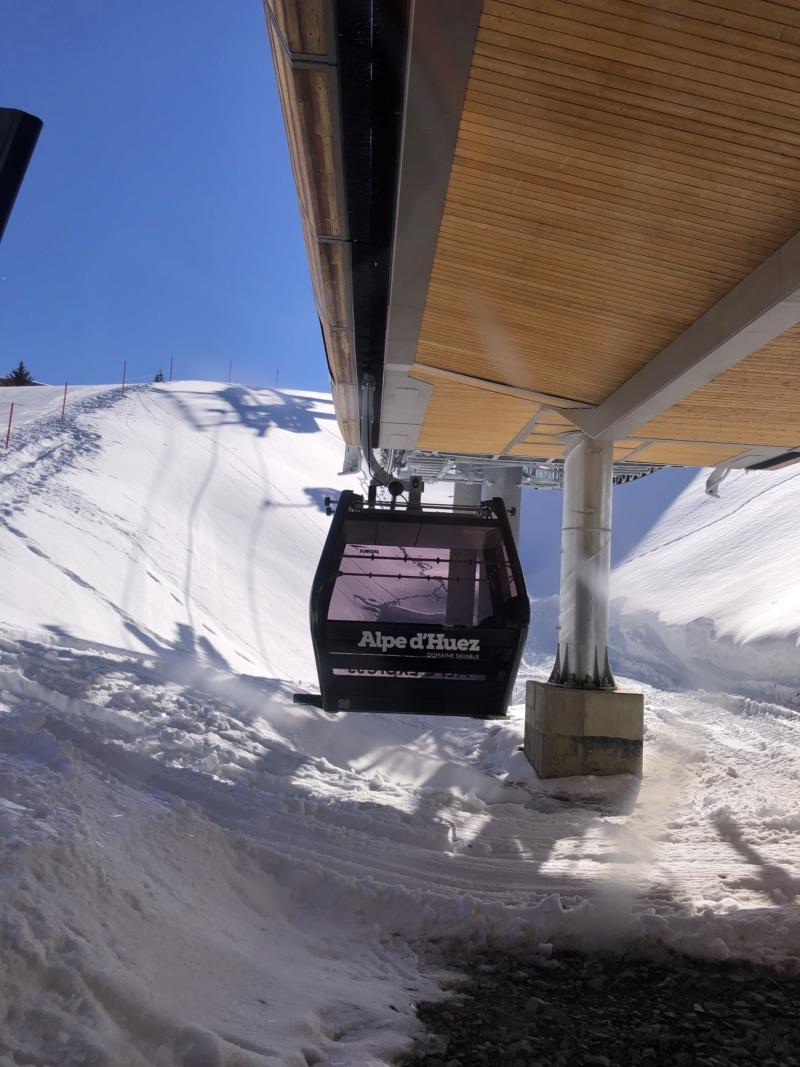 Télécabine débrayable 10 places (TCD10) Alpe Express  Lanceu10