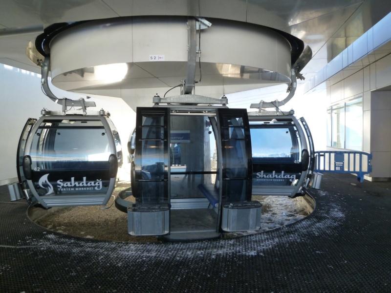 Télécabine débrayable 8 places (TCD8) Lift 1 - Shahdag P1070118