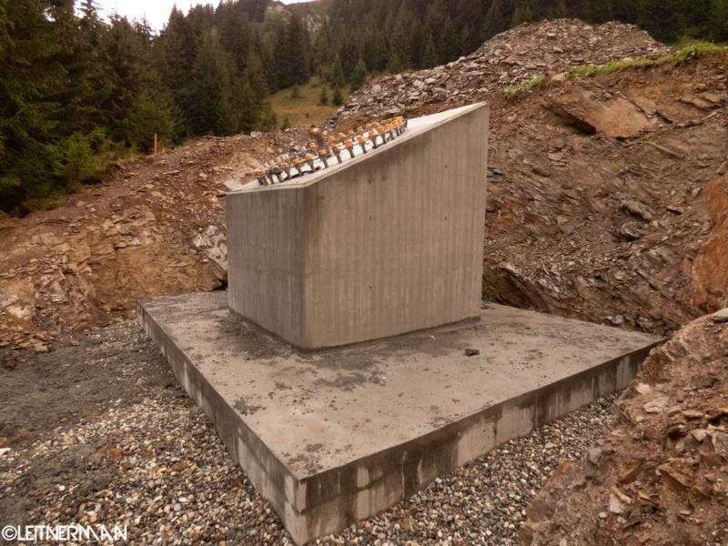Construction télécabine débrayable (TCD10) Rosières - Les Saisies P1220122