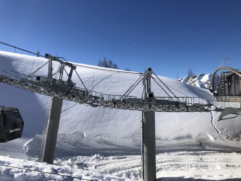 Télécabine débrayable 10 places (TCD10) Alpe Express  P1_et_10