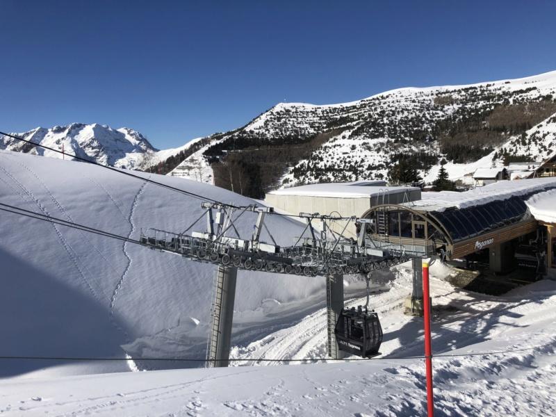 Télécabine débrayable 10 places (TCD10) Alpe Express  P1_et_11