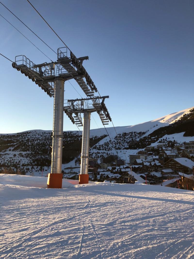 Télécabine débrayable 10 places (TCD10) Alpe Express  P3-410