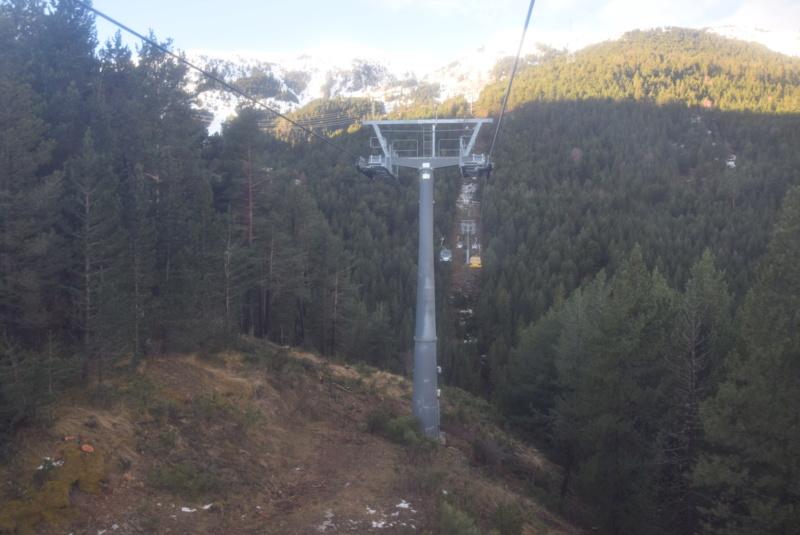 Télécabine débrayable 8 places (TCD8) Cadi-Moixero - Alp 2500 P6-tcd12