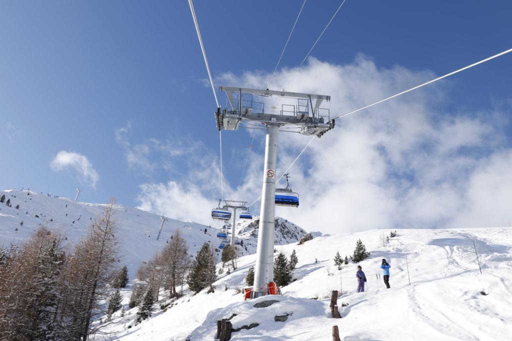 Télésiège débrayable 6 places (TSD6) Bendolla Col du Pouce Pylzne11