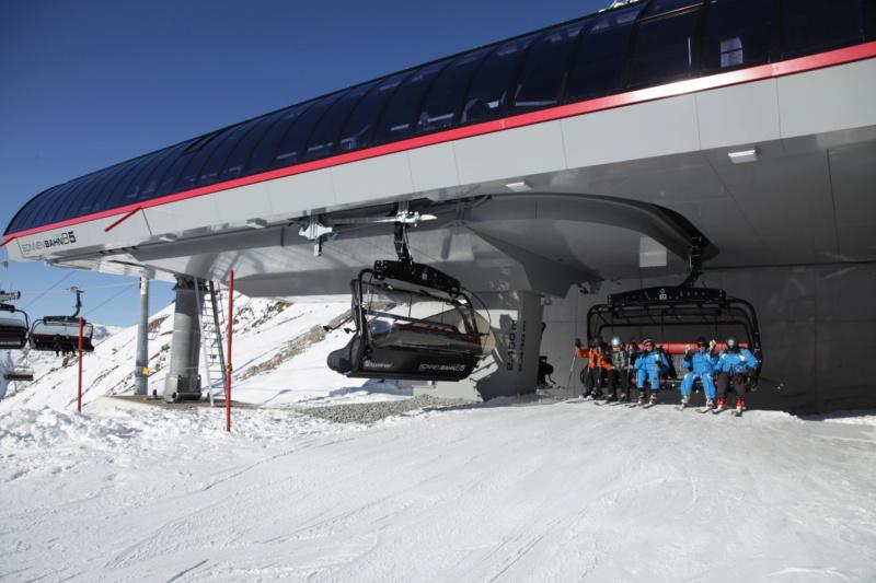Télésiège débrayable 6 places (TSD6) Sonnenbahn - Sesselbahn (6KSB) Sonnen11