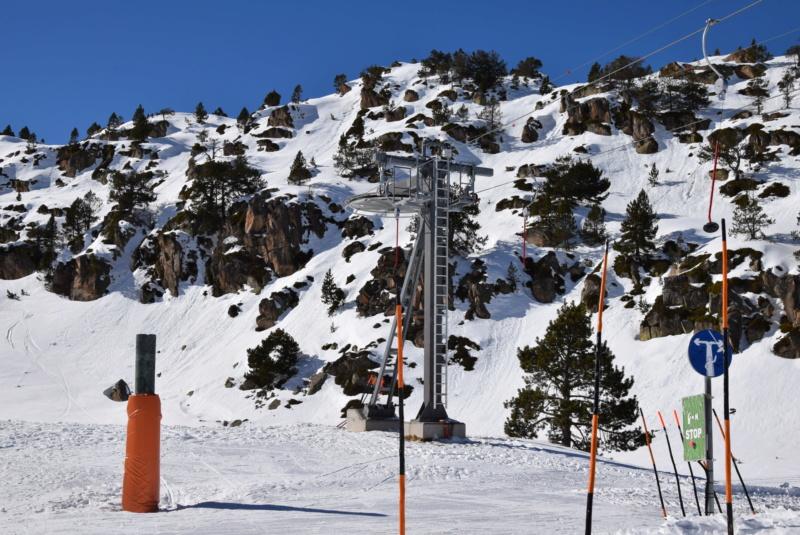 Téléski à enrouleurs 1 place (TKE1) Montmalus - Telesquies Tke1-m31