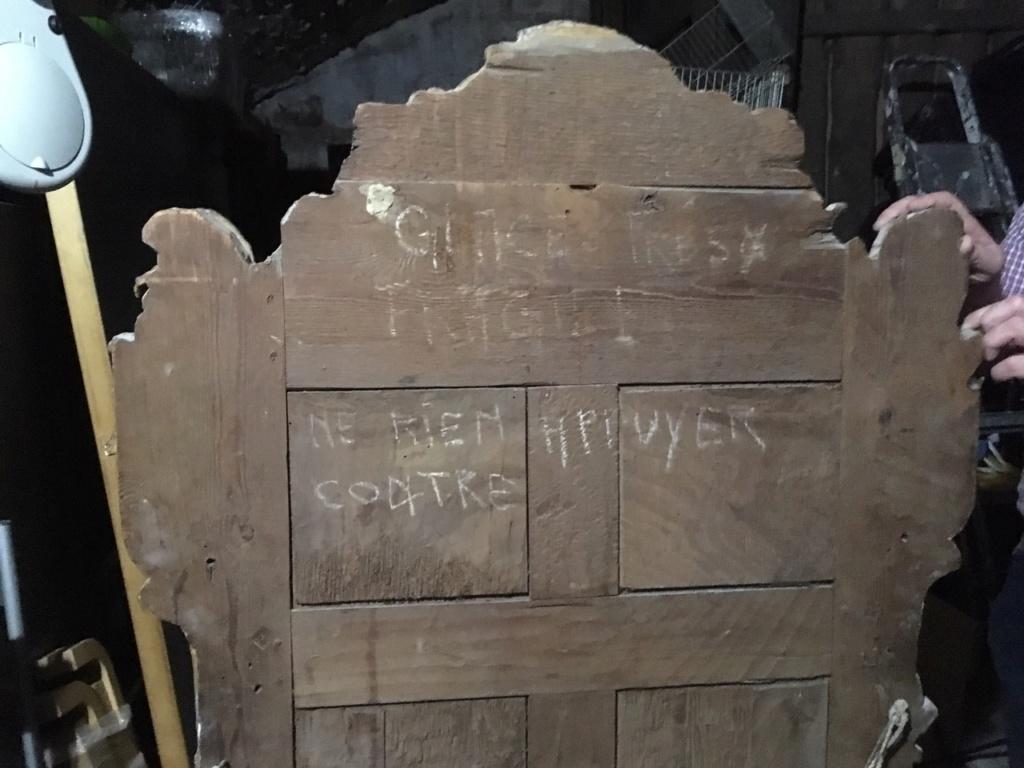 Grand Miroir (au mercure ?) / Cadre en bois sculpté et doré / XVIII ? Img_4214