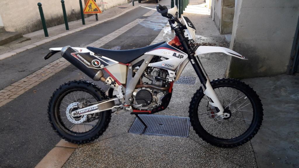 VENDUE AJP PR5 250cc 2014 20181215